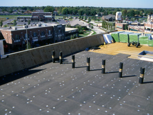 Commercial Roofing Installation<br/>Plano & The Woodlands, TX