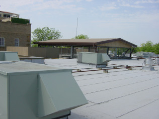 Commercial Roofing<br/>Plano & The Woodlands, TX
